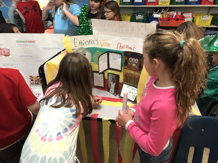 4H Christmas Around the World Fair